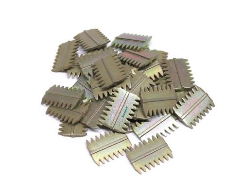 "Barnwell 1.5"" Scutch Chisel Combs Pack of 100"